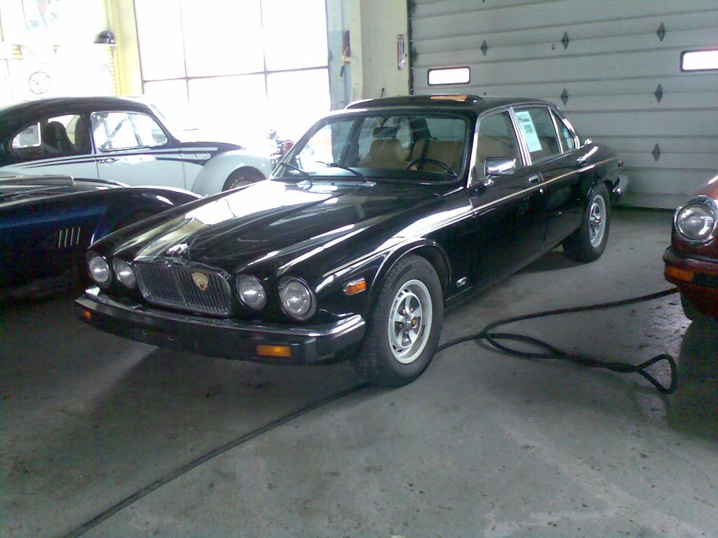 unique occasion 1985 jaguar xj6 4 door near new haven ct for sale. Black Bedroom Furniture Sets. Home Design Ideas
