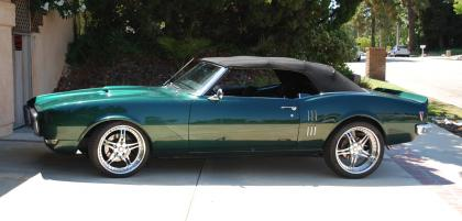 Beautiful 400 68 Firebird Convertible (Electric Top)