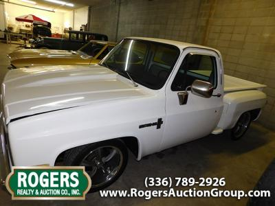 Classic Car & Truck Auction