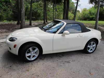 Beautiful, Miata Sport Touring, Auto/6 spd. Paddle Shifter