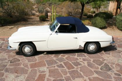 1961 Mercedes 190 SL   MINT !!!
