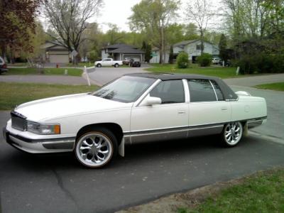 1994 Cadillac Sedan De Ville- just shy of classic!
